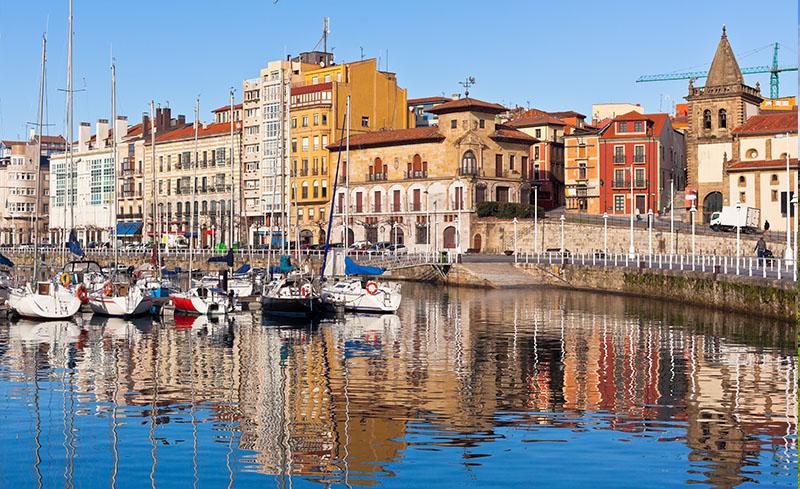 Gijón marina