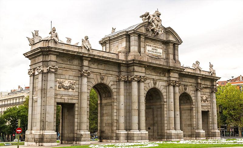Puerta de Alcalá (Alcala Gate), Madrid