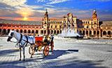 Carroza con caballos en la Plaza de España, Sevilla